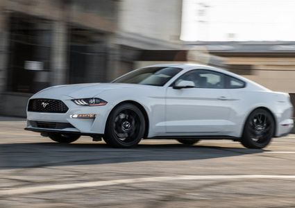 2018 Ford Mustang EcoBoost Fastback Review