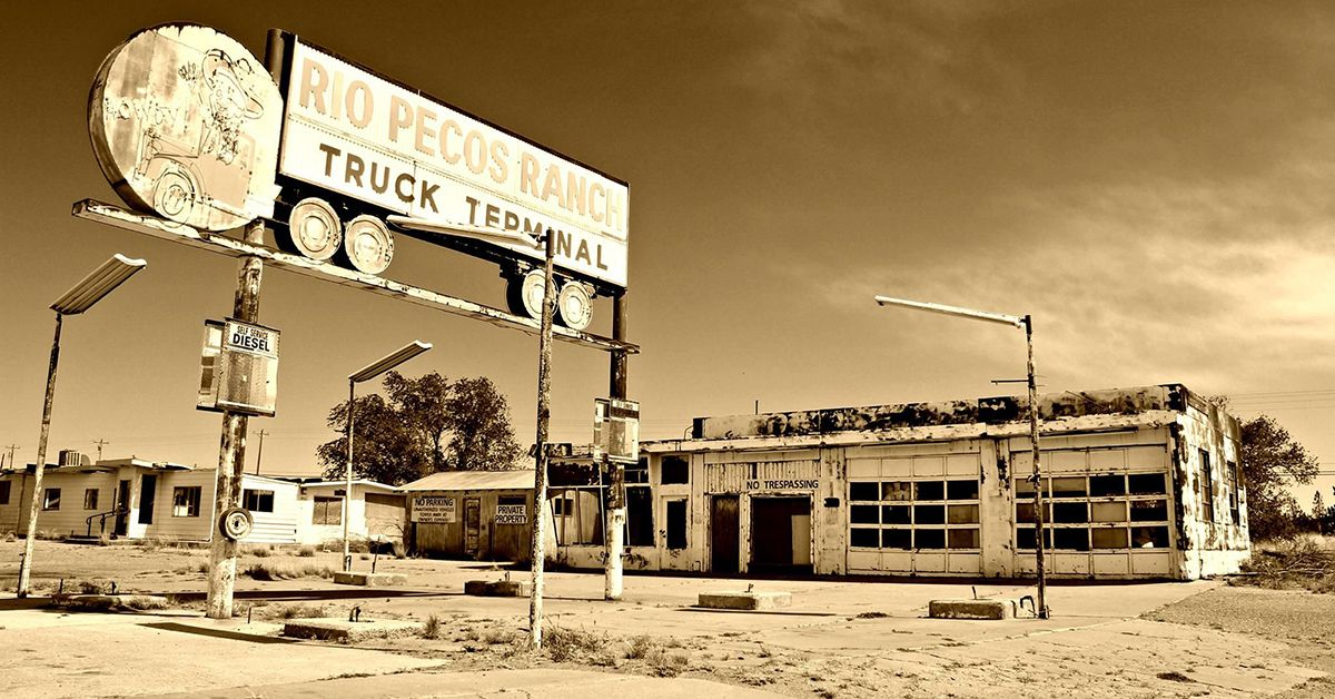 20 Pics Of Abandoned Truck Stops From Days Long Past