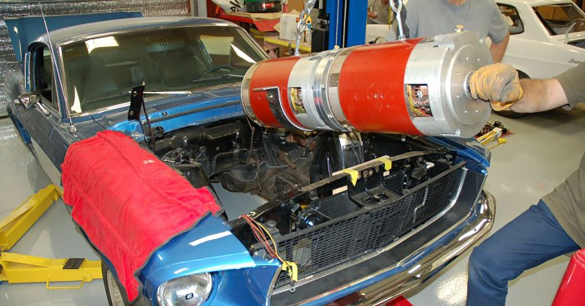 15 Engine Swaps That Make No Sense (And 10 That Are No-Brainers)