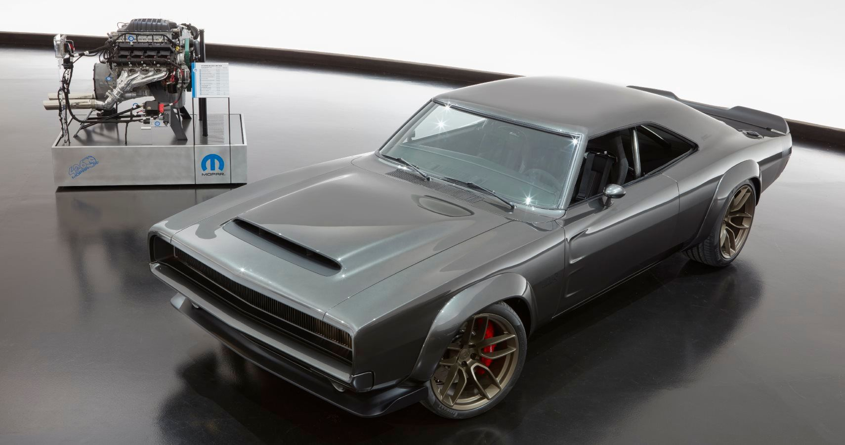 How Would You Like Your Very Own 1,000 HP Hellephant Crate Engine? Mopar Is Taking Pre-Orders