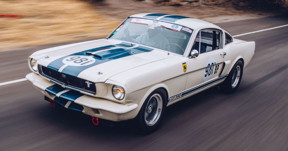 Here's Why The Ford Mustang GT350R Was An Instant Classic