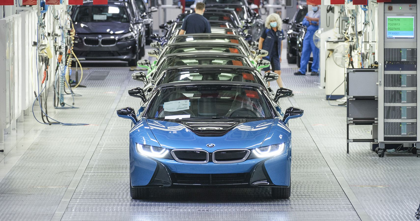 Last 18 Bmw I8s Leave Leipzig Plant With Custom Touches Hotcars