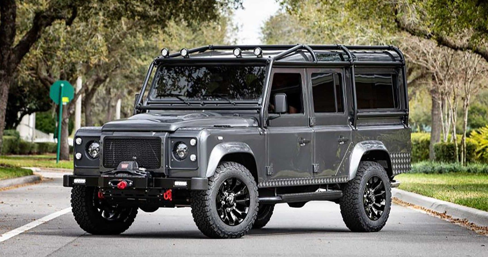 Electric Classics, ECD Put The Guts Of A Tesla In A Defender