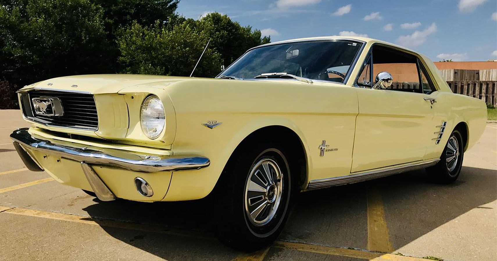 We Can All Afford These Drop-Dead Gorgeous Classic Cars | HotCars