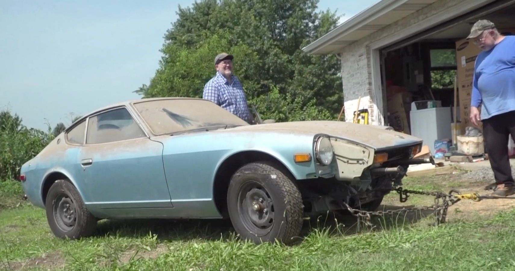 It's About Time This Rare Datsun 280z Barn Find Got Washed After 44 Years Collecting Dust