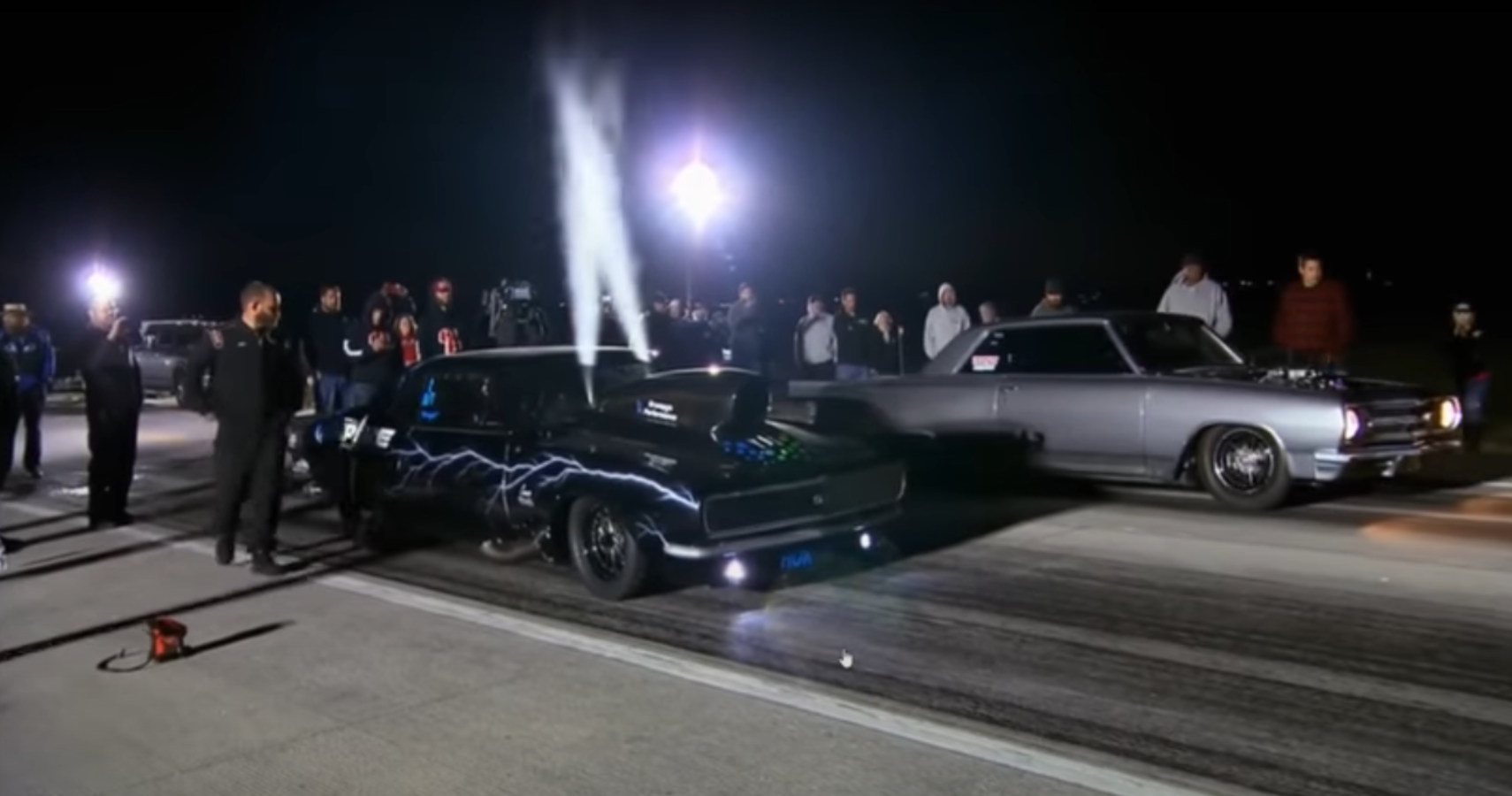 Street Outlaws: Boddie Gives Al Boogie The Hit & Loses $10K In Epic Grudge Race