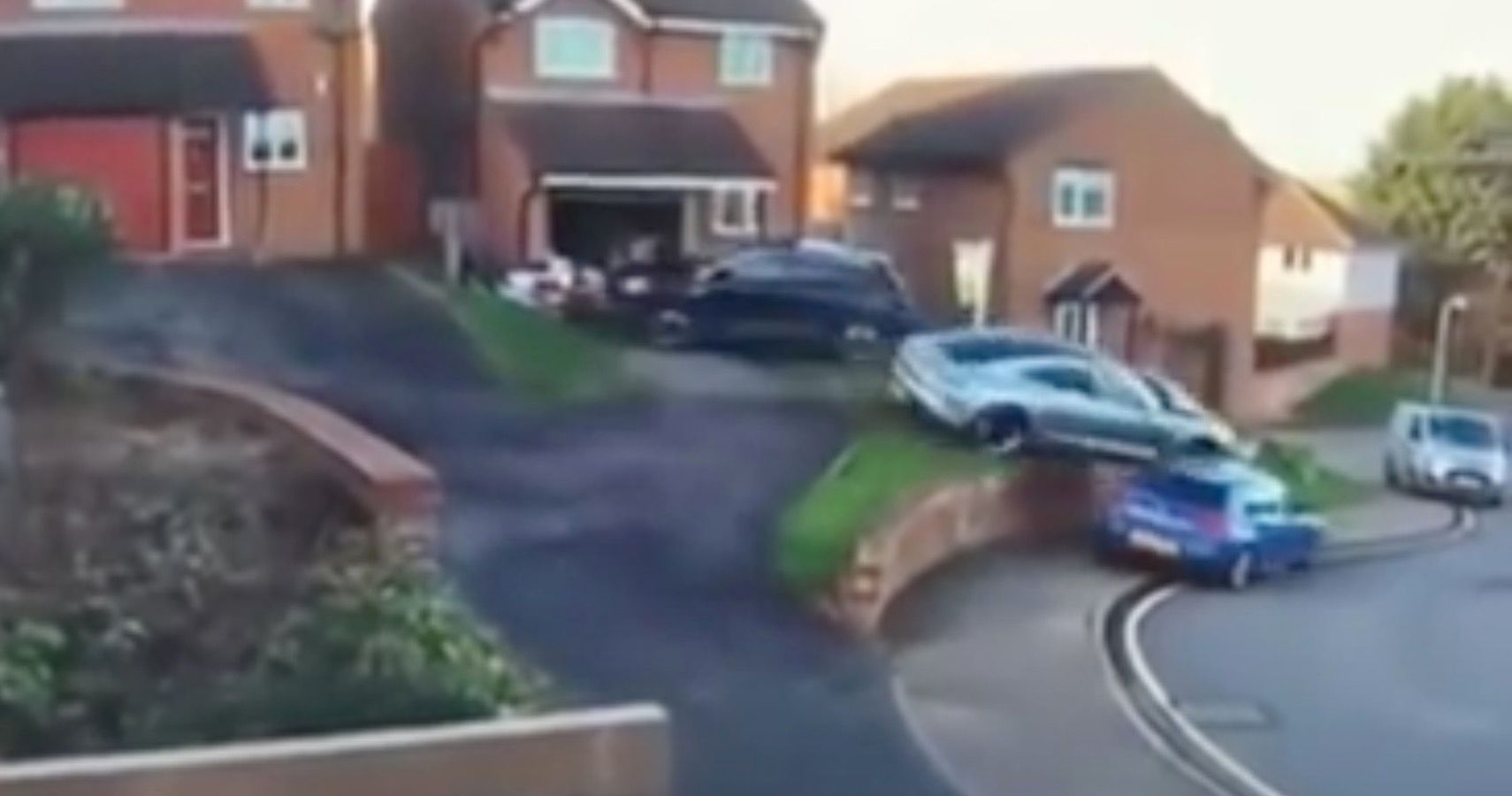 Porsche Driver's Parking Attempt Goes Horribly Wrong, Takes Out Two Cars