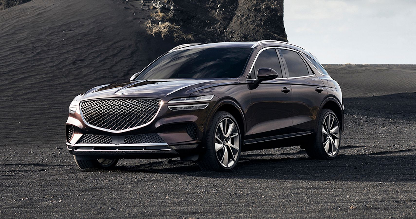 2021 Genesis GV70 Officially Breaks Cover   HotCars