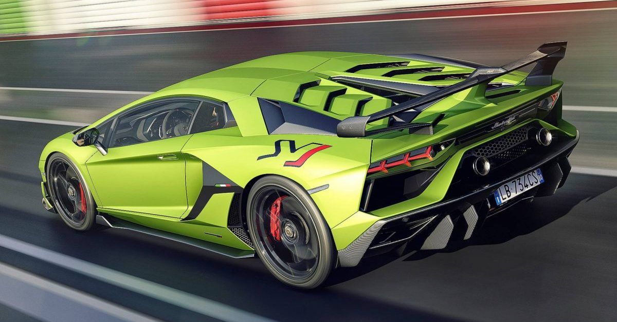 5 Reasons Why We'd Never Buy a Lamborghini Aventador (5 Reasons Why We Still Want One)
