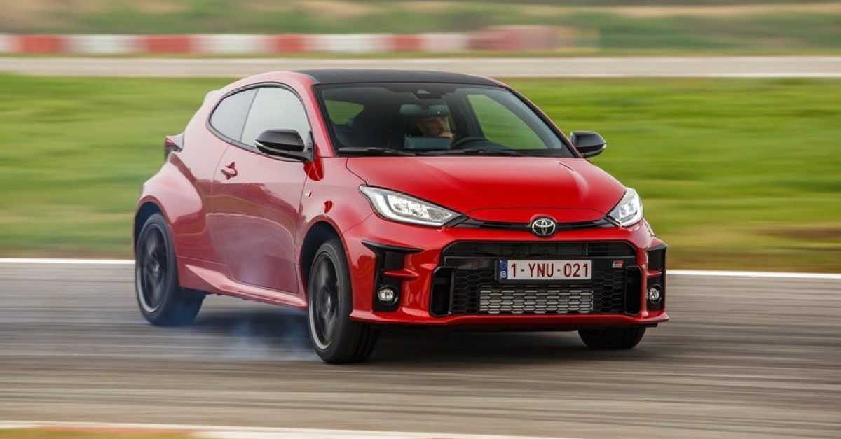 6 Cars That Earned A Perfect Score From Top Gear (And 4 That Come Close)