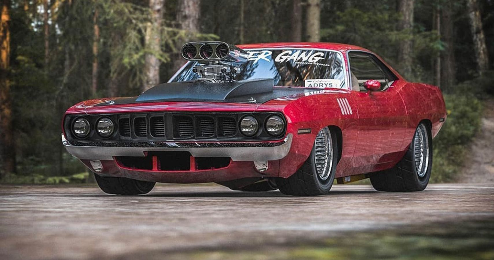 Plymouth Hemi Cuda Gets Big Honking Root Blower, Because Nothing Is Sacred