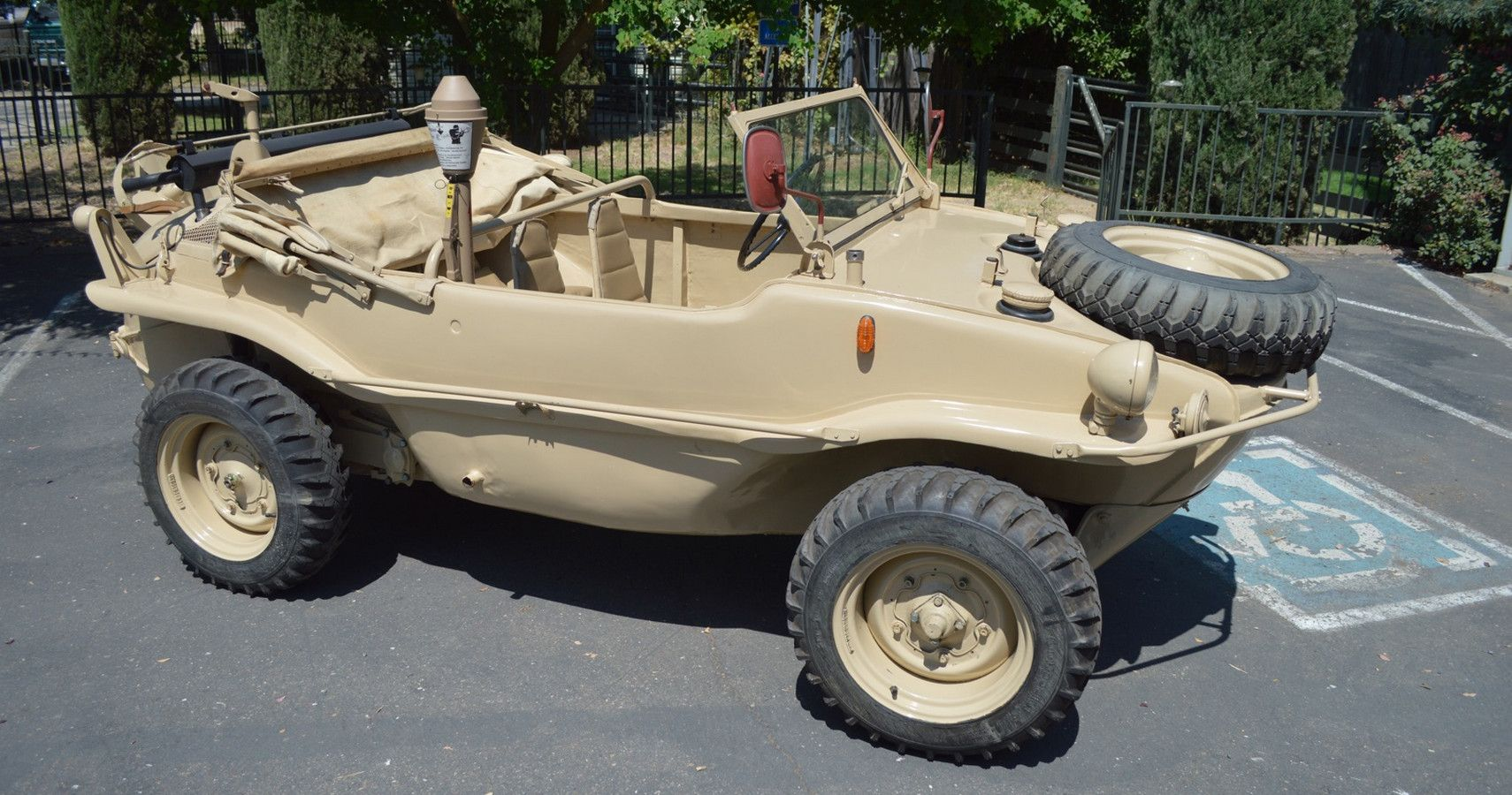 10 Weird And Wonderful Cars That Could Also Be Used As Boats