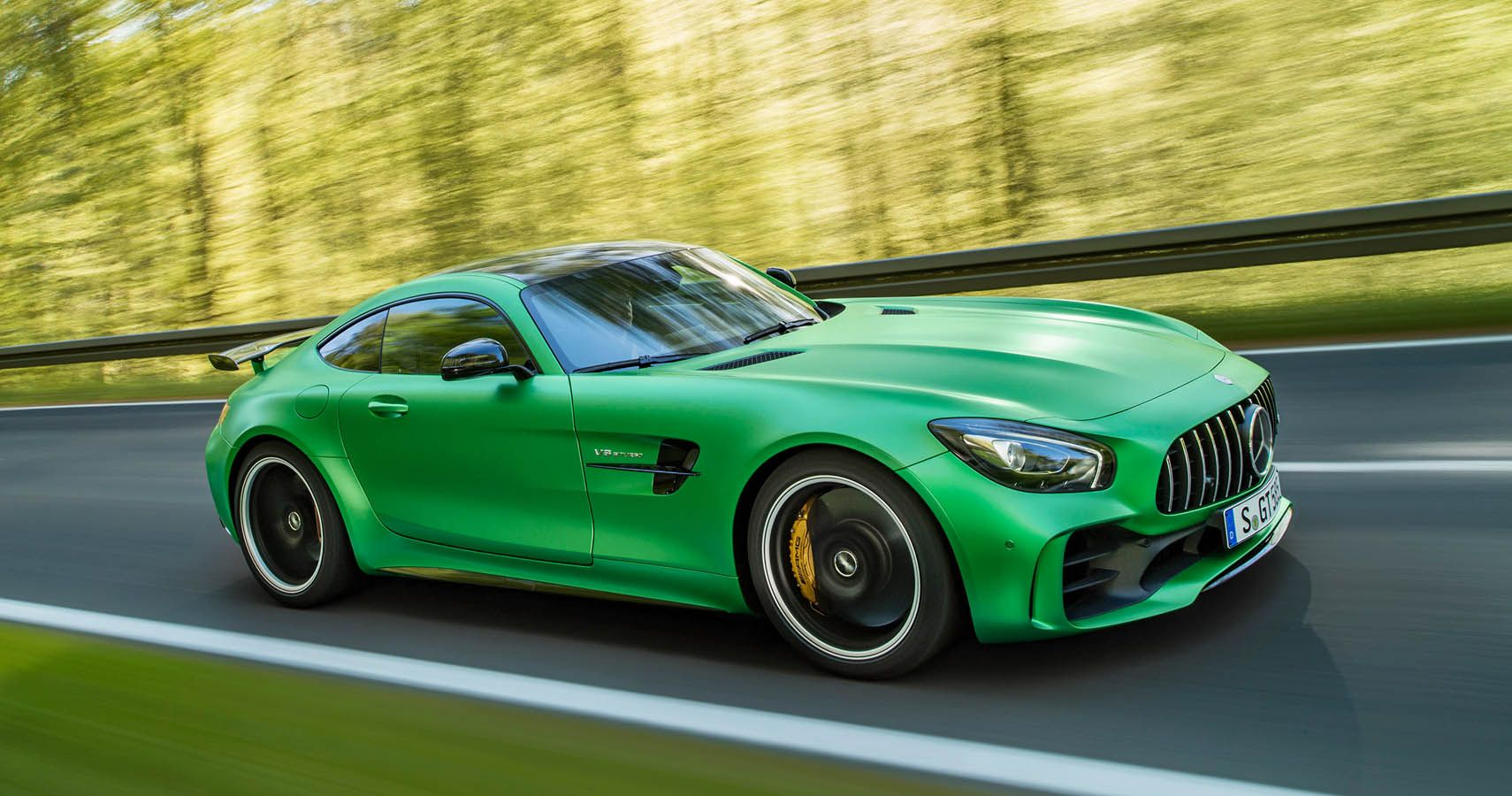 An Inside Look At The History Of Mercedes-AMG | HotCars