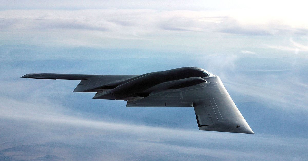 10 Awesome Facts About The Northrop Grumman B-2 Spirit | HotCars