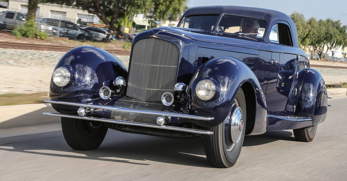 Watch Jay Leno Show Off An Insanely Priced Duesenberg | HotCars