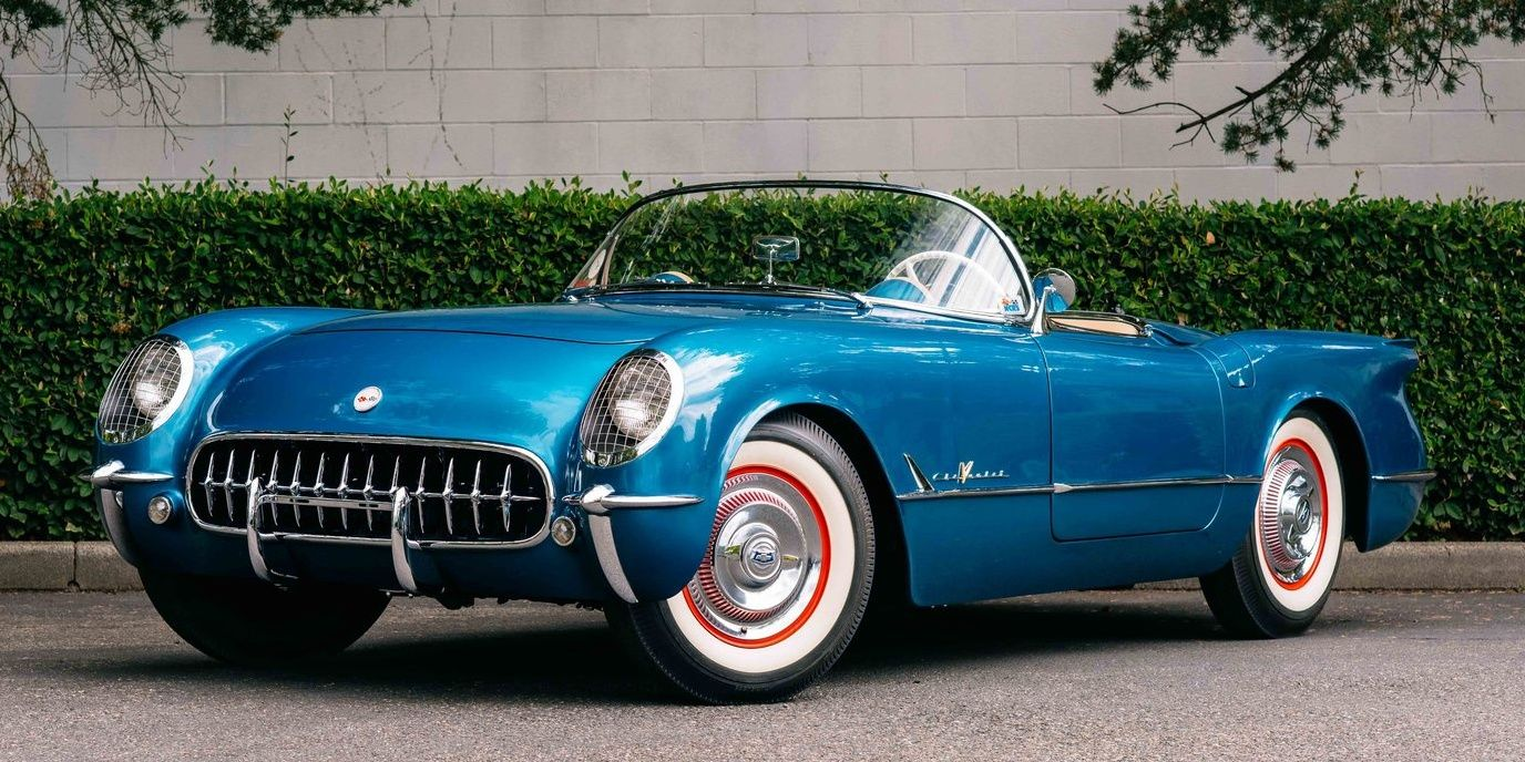 5 Of The Most Beautiful American Cars From The '50s (And 5 European Ones We'd Rather Drive)