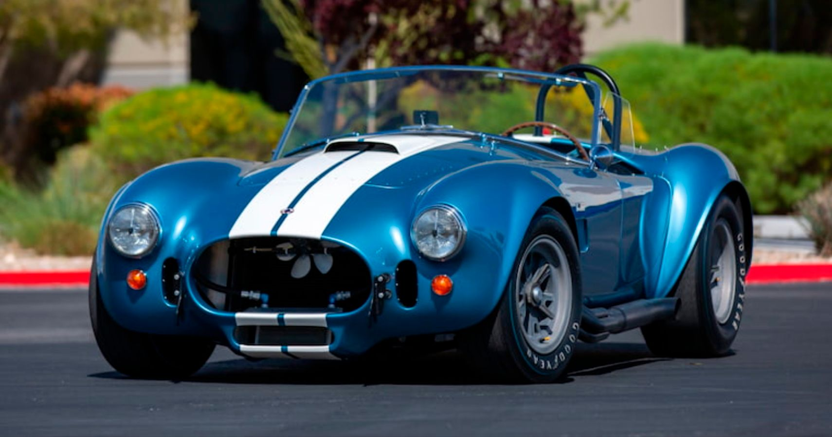 1-Of-27 Original Factory 427 S/C Cobra Goes To Auction | HotCars