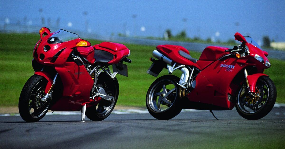 5 Reasons Why The Ducati 916 Is The Most Iconic Sportbike Ever (5 Reasons Why The 999 Was Better)