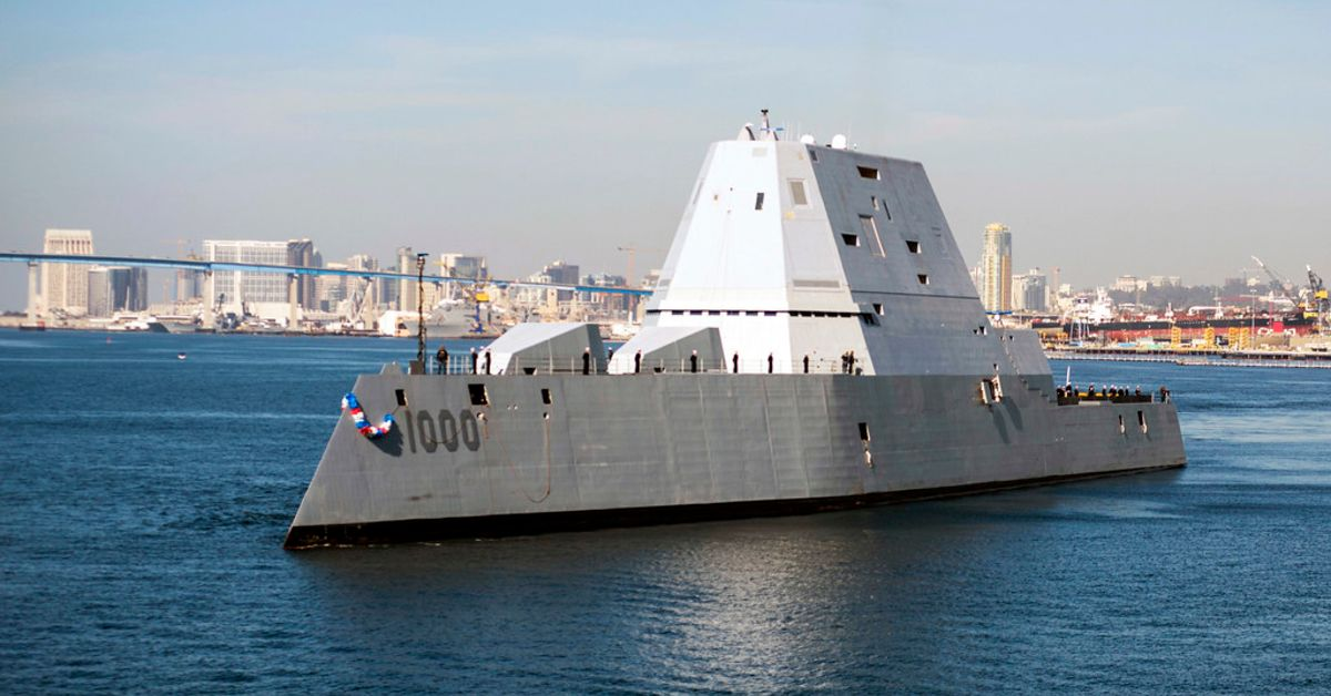 Here's What Makes The USS Zumwalt Such A Dangerous Ship | HotCars